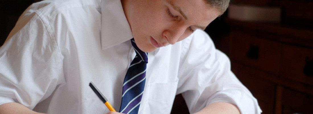 Betreuung von Hausarbeiten bei der Akademie der Mathematik